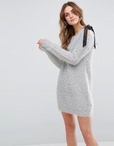 Платье-джемпер с бантом на плече Glamorous - Серый