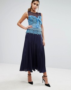 Плиссированное платье миди с кружевной вставкой контрастного цвета Three Floor - Синий
