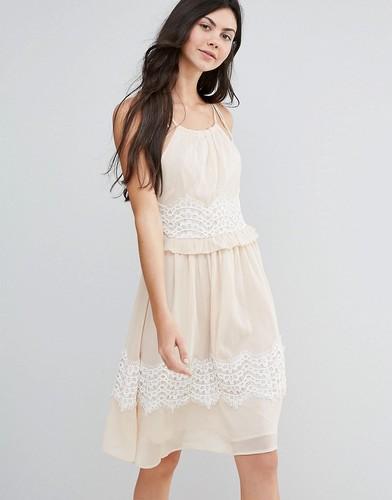 Платье миди с контрастной кружевной отделкой Endless Rose - Розовый