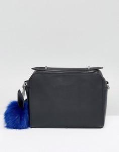 Кожаная сумка через плечо с помпоном Kendall + Kylie - Черный