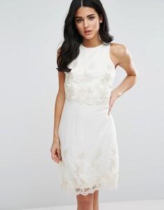 Платье 2 в 1 с цветочной отделкой цвета металлик Little Mistress - Кремовый