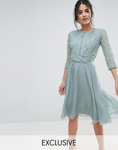 Платье миди с кружевом и драпировкой на талии Elise Ryan - Зеленый