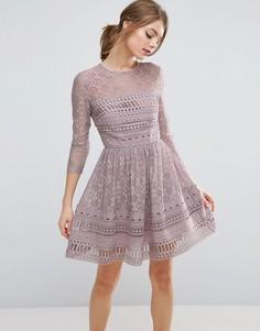 Кружевное короткое приталенное платье ASOS PREMIUM - Фиолетовый