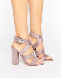 Сандалии на блочном каблуке с ремешками Truffle Collection - Фиолетовый
