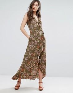 Платье макси с запахом и оборками QED London - Зеленый