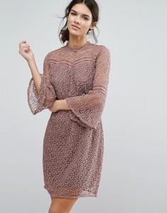 Кружевное платье Y.A.S Stia - Розовый