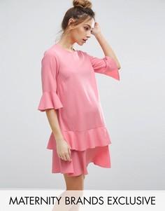 Платье мини с расклешенными рукавами и оборками по краю Queen Bee - Розовый