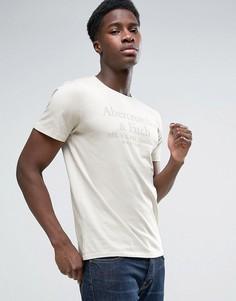 Серая обтягивающая футболка с однотонным принтом Abercrombie & Fitch - Серый
