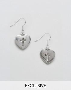 Серьги в виде сердец с крестами Reclaimed Vintage Inspired - Серебряный