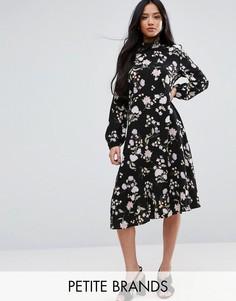 Платье миди с длинными рукавами и цветочным принтом New Look Petite - Черный