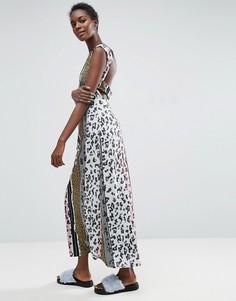 Леопардовое платье макси с вырезом на спине ASOS Made In Kenya - Мульти