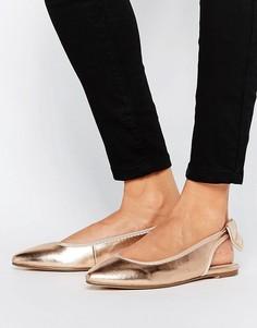 Туфли на плоской подошве с заостренным носком и бантом London Rebel - Медный