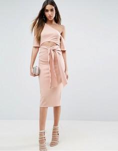 Платье миди в рубчик с вырезом и поясом ASOS - Бежевый