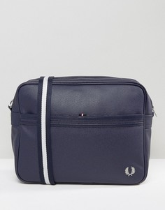 Темно-синяя сумка почтальона из зернистой кожи Fred Perry - Темно-синий