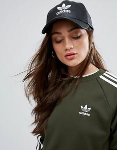 Кепка с эффектом потрескавшейся кожи и логотипом adidas Originals - Черный