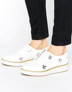 Туфли на плоской платформе с отделкой в виде звезд Truffle Collection - Белый