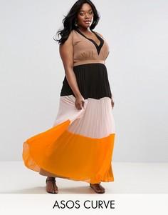 Плиссированное платье макси с контрастной отделкой ASOS CURVE - Мульти