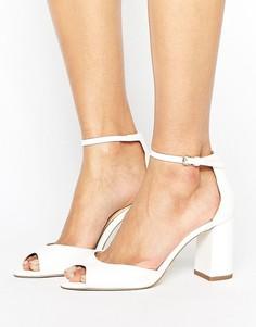 Белые босоножки на среднем каблуке Miss KG Gaze - Белый