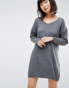 Свободное вязаное платье с V-образным вырезом ASOS - Серый