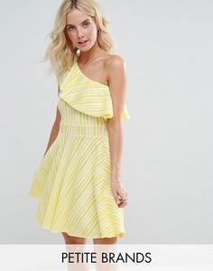 Платье на одно плечо с оборкой Boohoo Petite - Желтый