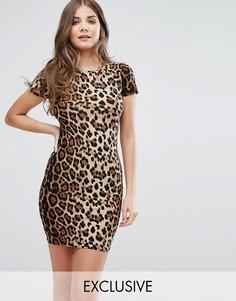 Платье-футболка с принтом Club L - Мульти
