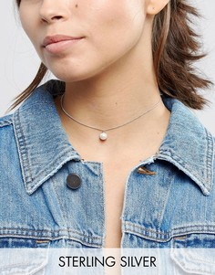 Серебряное короткое ожерелье с искусственным жемчугом ASOS - Кремовый