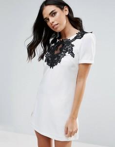 Цельнокройное платье с короткими рукавами и вышивкой Little Mistress - Мульти