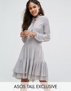Свободное платье на пуговицах с отделкой кисточками Glamorous Tall - Серый