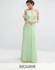 Плиссированное платье макси с декорированными плечами TFNC WEDDING - Зеленый