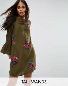 Цельнокройное платье с цветочным принтом Vero Moda Tall - Зеленый