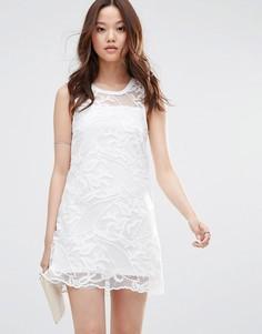 Платье мини из сеточки кроше Girl In Mind Louisa - Белый