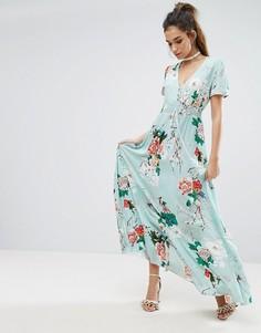 Платье макси с цветочным принтом и пуговицами Boohoo - Мульти