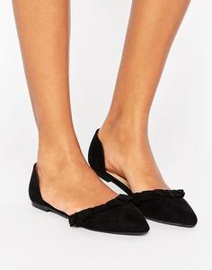 Туфли из искусственной замши на плоской подошве с оборками New Look - Черный