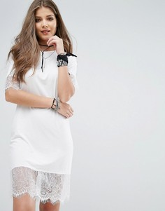 Платье-футболка с кружевной отделкой Boohoo - Белый