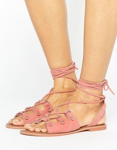 Замшевые сандалии кораллового цвета с завязками Glamorous - Розовый