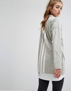 Длинная рубашка со складками на спине adidas Originals - Кремовый