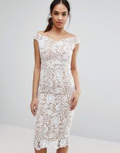 Кружевное платье-футляр миди с открытыми плечами Boohoo - Белый