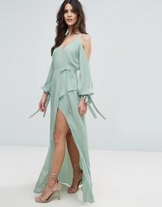 Платье макси с длинными рукавами и открытыми плечами ASOS - Зеленый