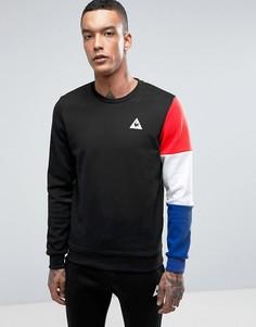 Черный свитшот с разноцветным рукавом Le Coq Sportif {[0:D3 - Черный