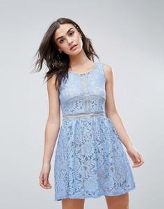 Кружевное короткое приталенное платье QED London - Синий