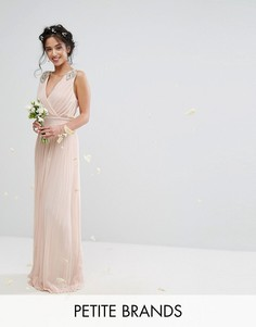 Плиссированное платье макси с отделкой на плечах TFNC Petite Wedding - Розовый