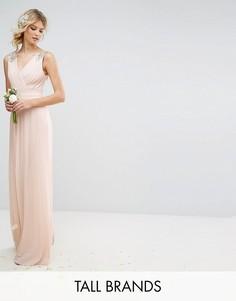 Плиссированное платье макси с декорированными плечами TFNC Tall - Розовый