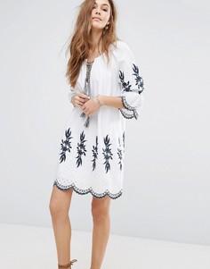 Платье с вышивкой Moon River - Белый