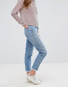 Джинсы в винтажном стиле с декоративными люверсами New Look - Синий