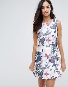 Короткое приталенное платье с цветочным принтом Ax Paris - Кремовый