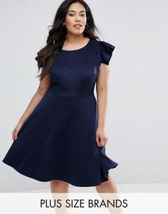 Приталенное платье миди с рукавами-оборками Club L Plus - Темно-синий