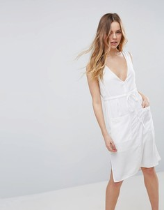 Цельнокройное платье с глубоким вырезом и карманом Neon Rose - Кремовый