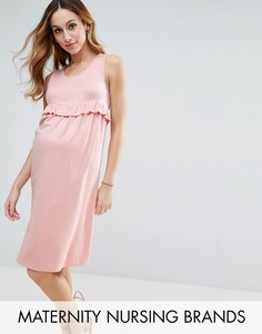 Цельнокройное платье для кормящих мам с оборкой Gebe Maternity - Розовый