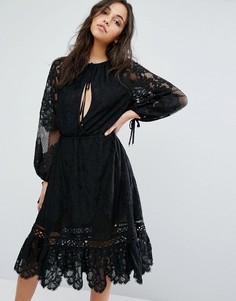 Кружевное платье миди Stevie May Patti - Черный