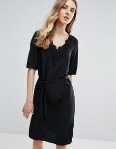 Цельнокройное платье с кружевной отделкой Ichi - Черный